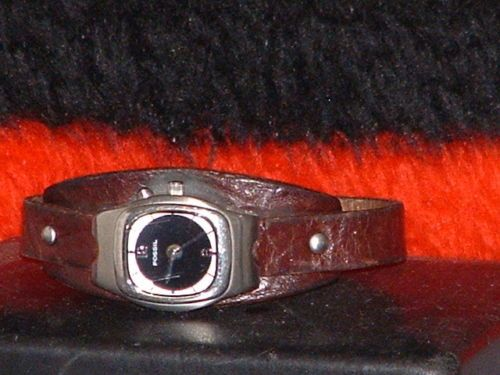 Ladies Fossil Big Tic Tropical Leather Band Watch $15.00 #ebay #womenswatches #shopping