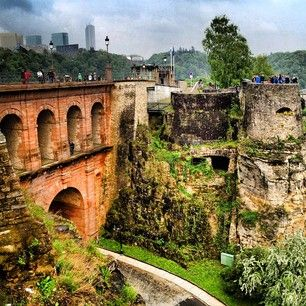 Looking for impressive sights in Luxembourg? Visit the underground corridors, #kazematten, from #Luxemburg!