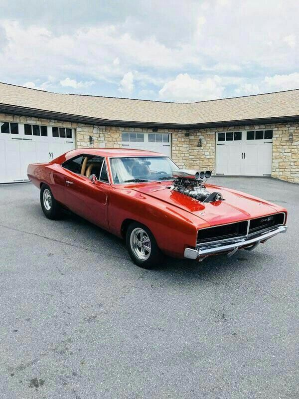 1969 Dodge Charger With Blower Dodgechargerclassiccars Mopar Muscle Cars American Muscle Cars Dodge 1969 Dodge Charger