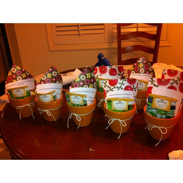 Classroom Volunteer Ideas ~ Volunteer gifts for the classroom terra cotta pots with