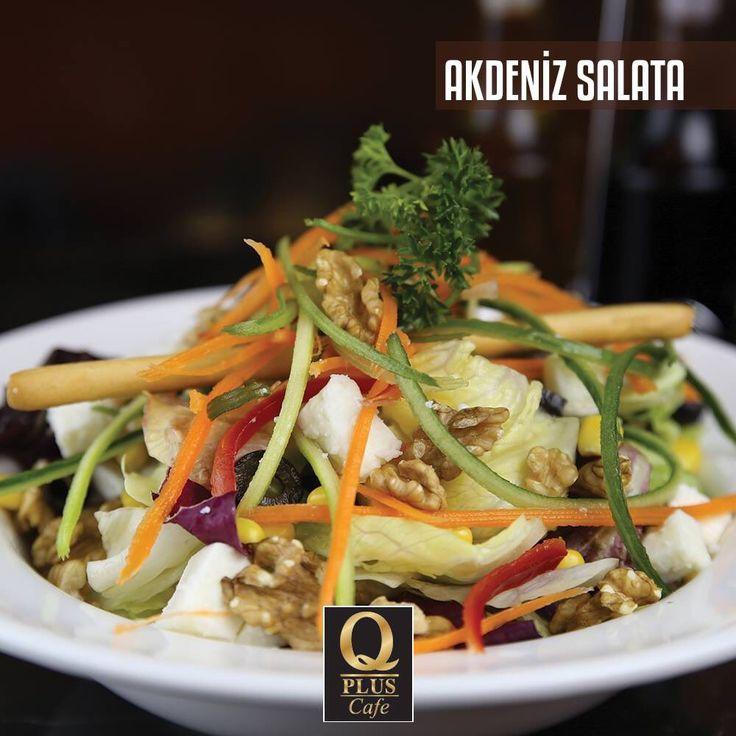 Tamamen doğal ürünlerden hazırlanmış, kalorisi minimum Akdeniz Salata'ya ne dersiniz? :) #Qpluscafe #Salata