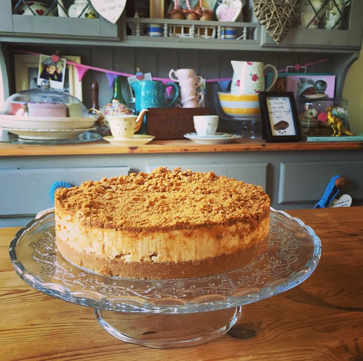 A Lotus Caramelised Biscoff Cheesecake from English Cheesecake Company