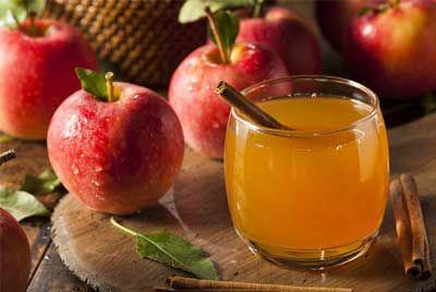 Vous avez déjà probablement entendu parlé du vinaigre de cidre et de ses bienfaits pour la santé. Pourtant, vous n'êtes sans doute pas au courant de l'étendue de ses vertus. Vous trouverez peut-être difficile à croire qu'une simple boissonpuisse offrir tant d'avantages. Étonnamment ,boire du vinaigre de cidre de pomme chaque jour est un moyen…