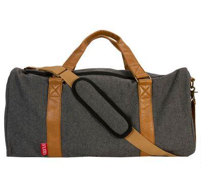 adidas Essentials Wash Kit - LUGGAGE - Beauty cases su YOOX.COM XTQLj2oif