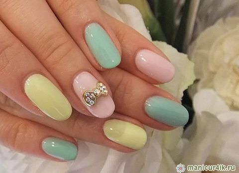 Image from http://nails-art-design.net/wp-content/uploads/2014/07/fashionable-design-of-nails-autumn-winter-2014-2015-photo11.jpg.