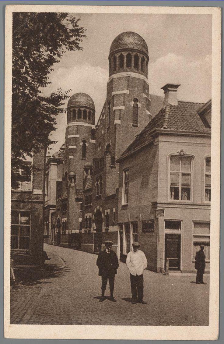 prentbriefkaart van de synagoge in de Folkingestraat in Groningen, ca. 1925