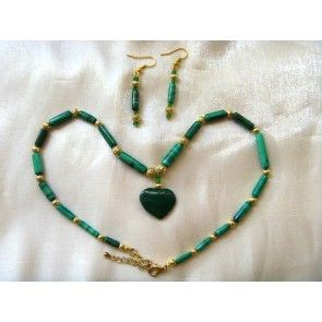 Malachite heart pendant w stick bead necklace, 43cm