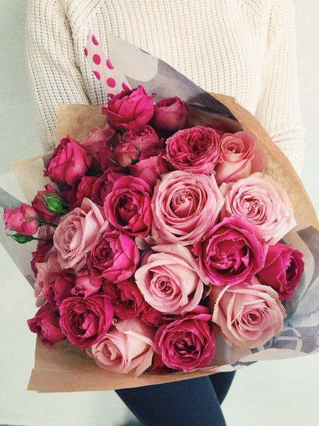 Peony roses // Пионовидные розы #beautifullbouquet #pinkflowers #roses #peonies #springiscoming #coolflowers_cz #pragueflowersdelivery #kvetinypraha #dovozkvetin #vazanikytic