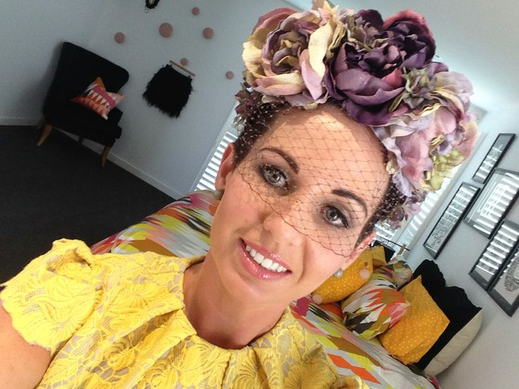Pretty floral headpiece fascinator with netting.