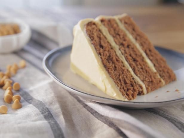 Deutscher Schokoladenkuchen mit dem Butterscotch-Bereifen