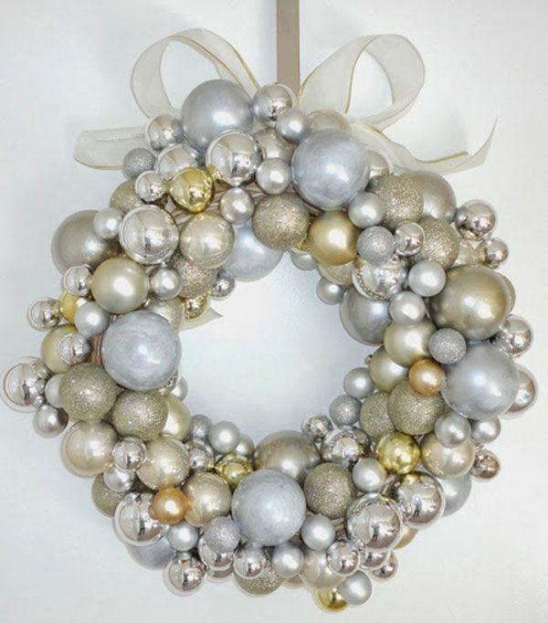 Ghirlanda natalizia fai da te con palline argento e oro - Decorazioni ghirlande natalizie ...