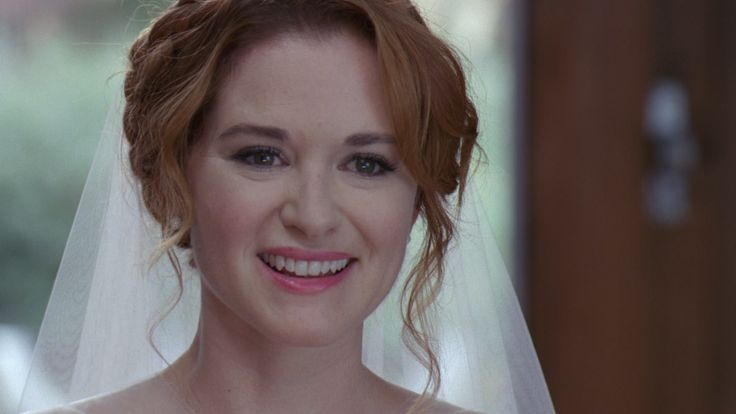 #GreysAnatomy Even though this was a fake wedding, every REAL bride should have this look on her face when they walk down the aisle!