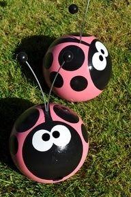 Bowling Ball Yard Art Ladybug | ... craft ideas | Projects/Craft Ideas / ladybug bowling ball yard art