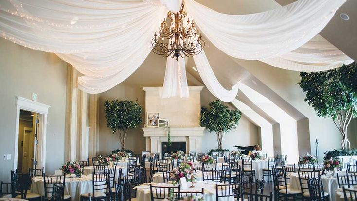 Find out what mistakes brides make when planning a ballroom wedding on SHEfinds.com.