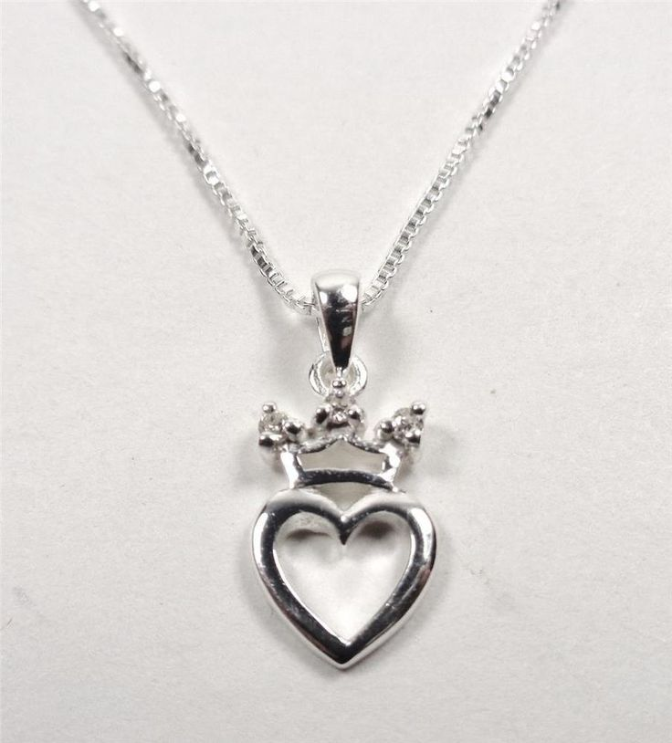STERLING SILVER SPARKLING QUEEN OF HEARTS WHITE STONES LOVERS PENDANT NECKLACE #Pendant