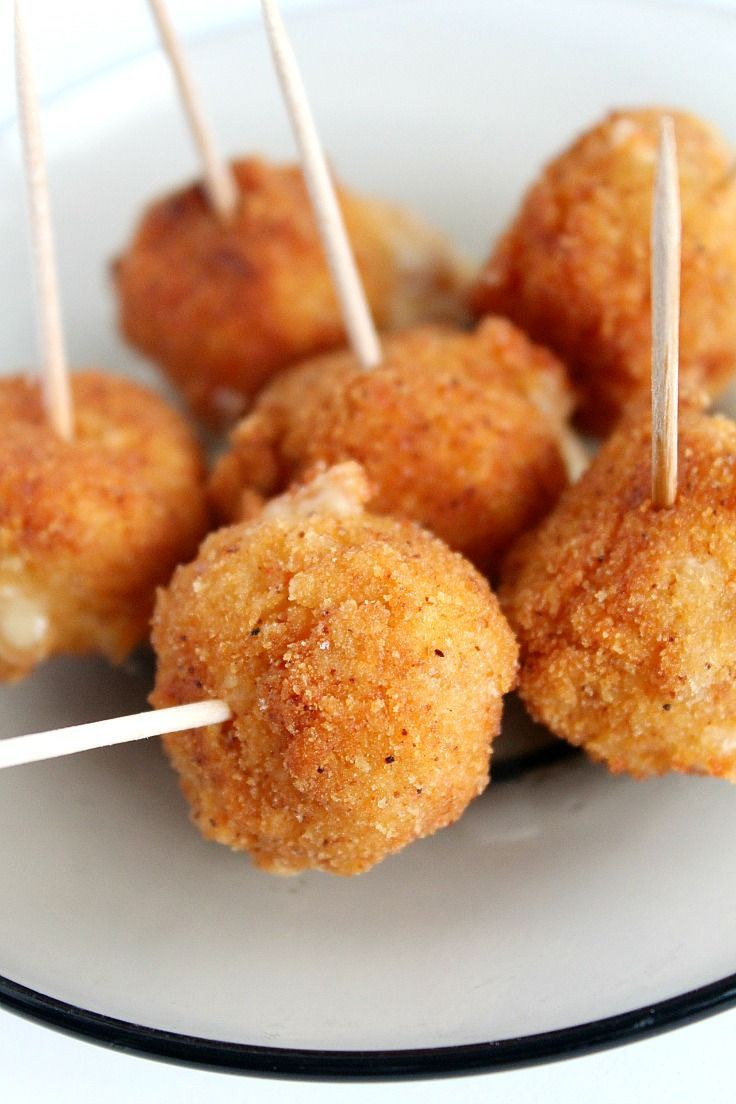 SPICY FRIED CHEESE BALLS RECIPE - Entertaining this season? This Spicy Cheese Balls Recipe is so insanely easy to make and perfect for any party!