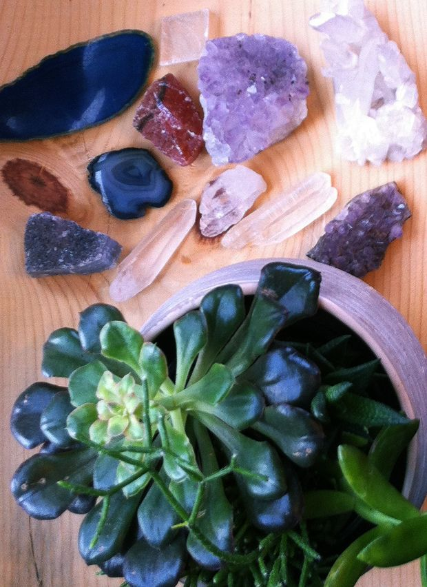 Crystals and Plants | Pad Peek: The Bohemian-modern Jungalow of Nina Munk | Justina Blakeney Est. 1979