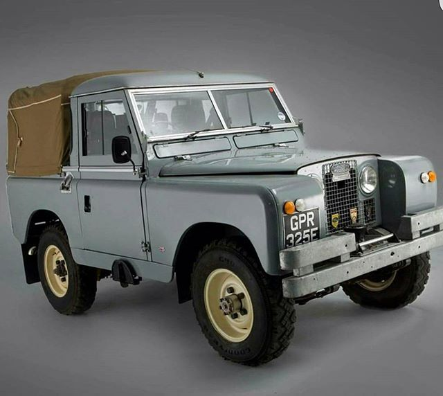 25 best ideas about landrover series on pinterest land. Black Bedroom Furniture Sets. Home Design Ideas