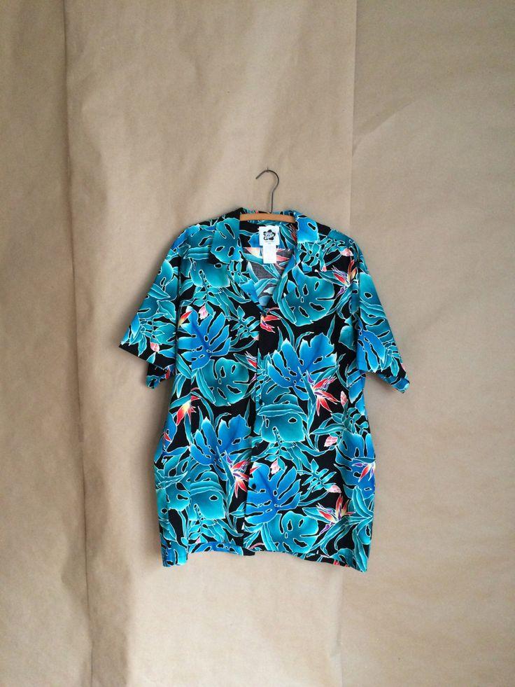 90's vintage Hawaiian shirt / party shirt / beach party / luau Hilo Hattie by yellowjacketvintage on Etsy