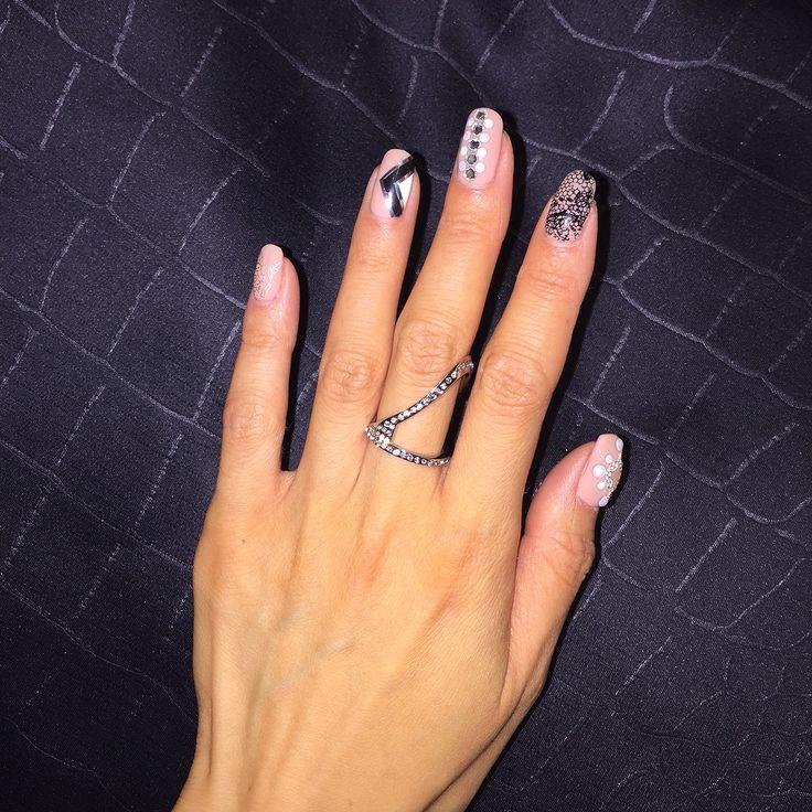 Nude nails. Lace nails. Pearl stud nails. Vita Fede.