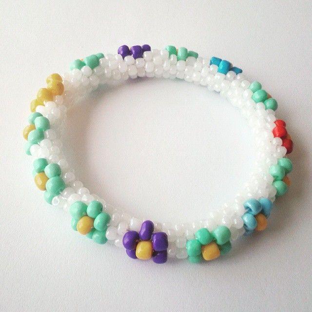 #handmade #elyapımı #tasarım #bileklik #peyote #bracelet #bileklikler #bijuteri #sale #satış #takas #yazlık #takılar #eryaman #bijuteri WhatsApp 05423876252