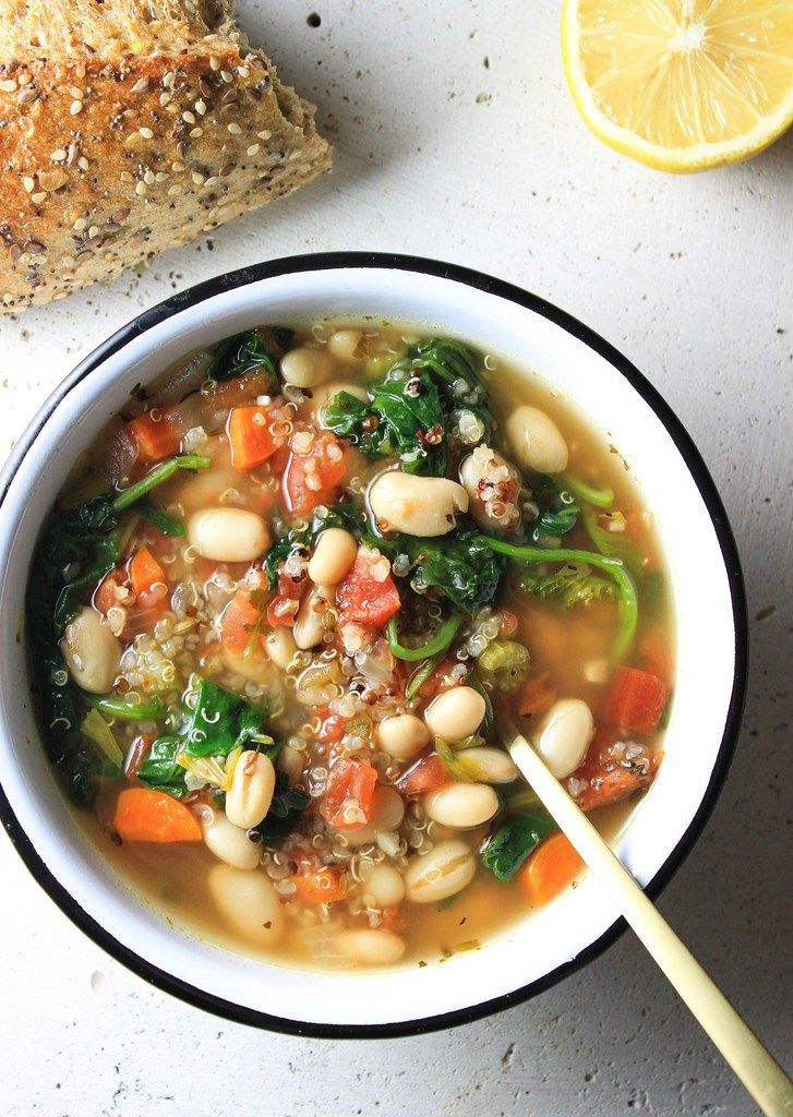 KALE, QUINOA & WHITE BEAN SOUP