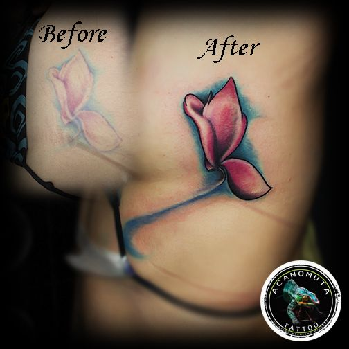 A flower tattoo is alwyas a good idea for your cover up.