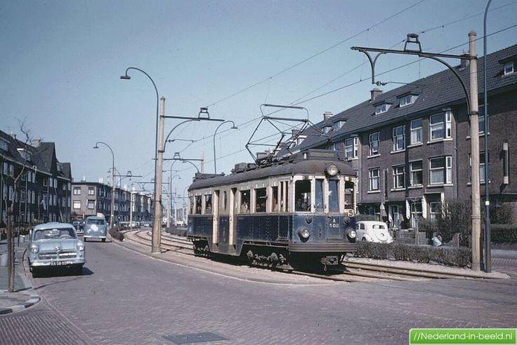 De blauwe tram - Voorburg, Koningin Wilhelminalaan