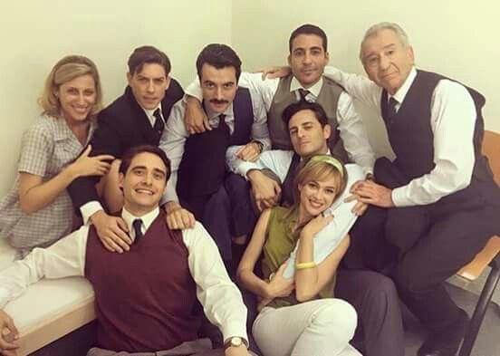 cast of VELVET