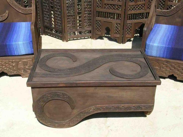 Tavolino marocchino (Mobili e Complementi, Tavoli,tavolini in legno Marocchini) di Artigianato Vulcano, eCommerce specializzato nella vendita di articoli etnici, marocchini e orientali.