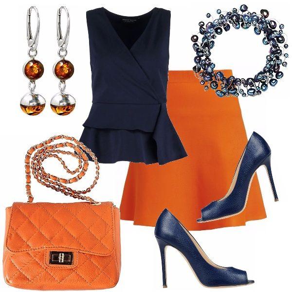 Un binomio insolito ma di sicuro successo larancio ed il blu! Gonna arancio…