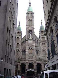 Frente de la Iglesia del Santísimo Sacramento. Barrio de Retiro. Buenos Aires
