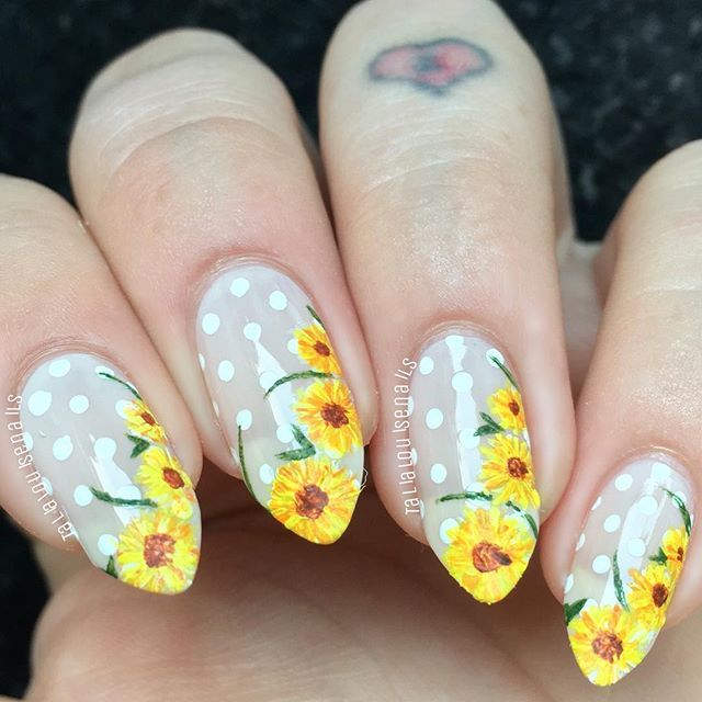 Sunflower Floral Nails.