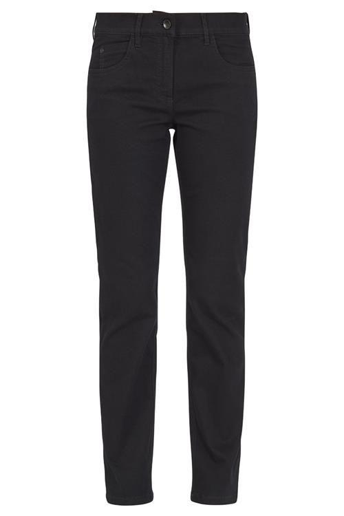 Bij Miller & Monroe bestel je prachtige jeans gemakkelijk online. Bijvoorbeeld deze denim broek van het merk Zerres met flatteuze pasvorm.