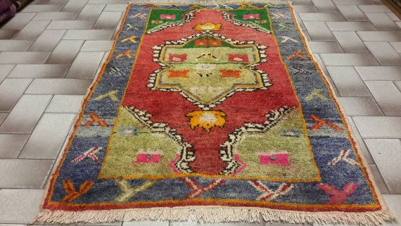 Free shipping. Turkish vintage rug. All handmade by turkishrugman
