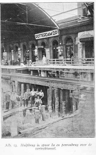 station Rotterdam Centraal stationsgebouw II (1934) DP staat voor Delftse Poort