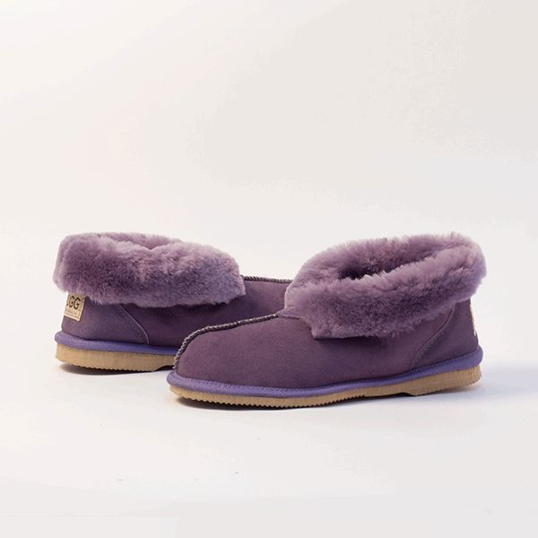 Lilac UGG Slippers #lilac  #sheepskin #ugg #boots #slippers #uggboots #australia #aussie #australian