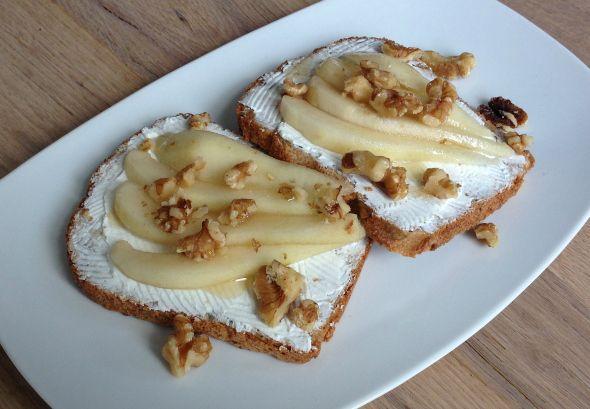 I Love Health | Speltbrood met geitenkaas en peer | http://www.ilovehealth.nl
