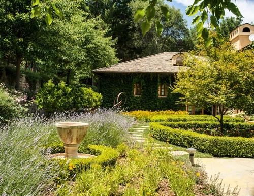 9 best chemin maison images on Pinterest Landscaping, Rockery