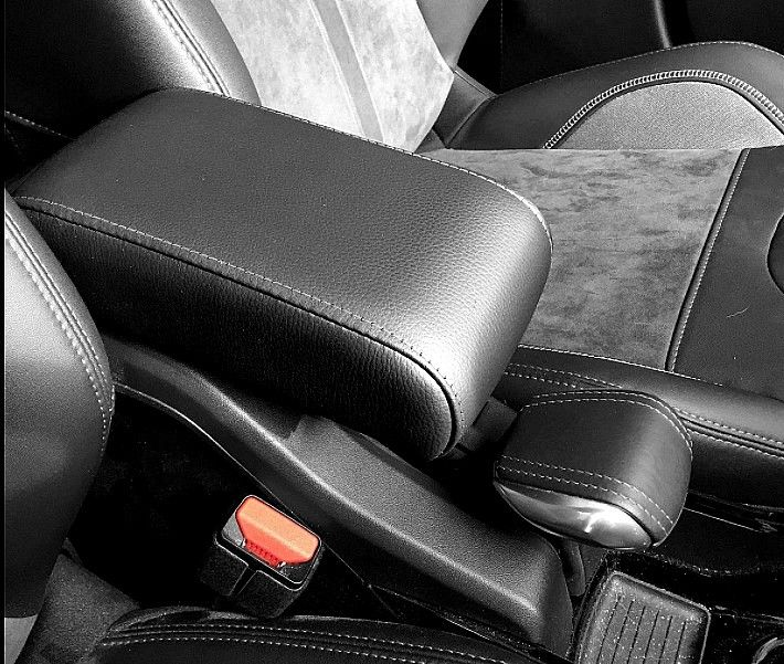 armrest peugeot 2008 it fit by pressure. made in Italy. #armrest #mittelarmlehne #bracciolo #accoudoir #peugeot2008