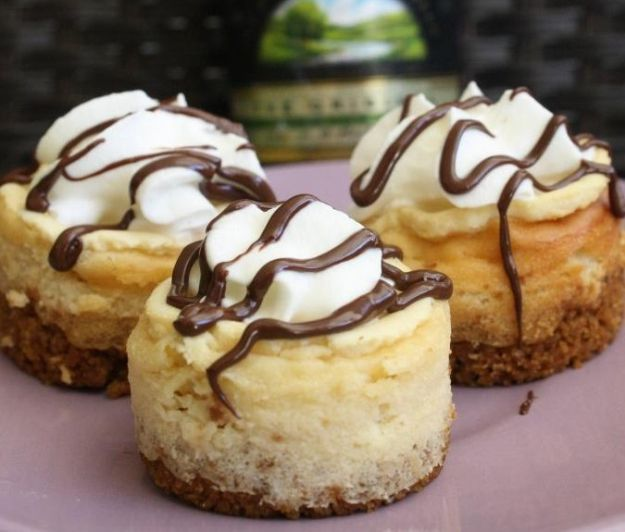 Mini Baileys Cheesecakes | 14 Extraordinary Desserts That Will Get You Tipsy by Homemade Recipes at http://homemaderecipes.com/14-extraordinary-desserts-alcohol/