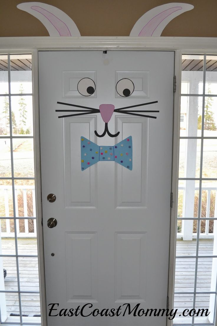 Easter Bunny Door...check out the website to see how easy this adorable project is to make.  LOVE it!