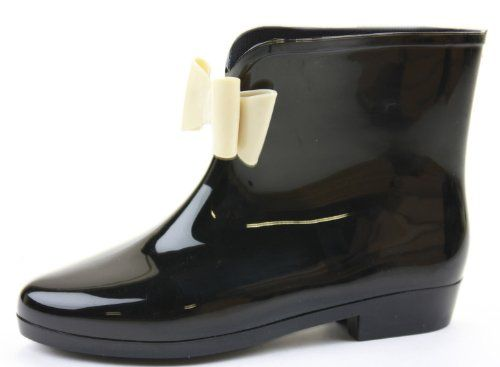 Da non perdere! shoeFashionista – Scarpe Stivali Donna Pioggia Gomma Tacco Basso Taglia 36 – 41, in vendita su Kellie Shop. Scarpe, borse, accessori, intimo, gioielli e molto altro.. scopri migliaia di articoli firmati con prezzi da 15,00 a 299,00 euro! #kellieshop #borse #scarpe #saldi #abbigliamento #donna #regali
