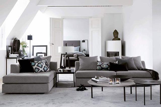 Hamilton modulsofa hjemme hos @camillapihlno. Flere bilder fra leiligheten på slettvoll.no. (Link i bio). #slettvoll