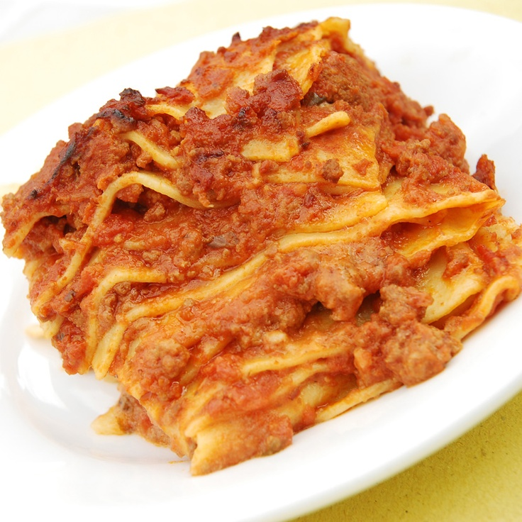 LASAGNA: Start with a layer of bolognese sauce on the bottom of your dish, then lasagna sheets, a layer of bolognese, a drizzle of béchamel and a sprinkle of mozzarella. Be sure to use generous amounts of bolognese as the liquid will be used to cook the pasta sheets. Make 3-4 layers in that order – pasta, bolognese, béchamel, mozzarella. Your top layer will just be bolognese and parmigiano. Bake in the oven at 350F for 40 minutes, or until golden on top. Let it rest for 10 minutes and serve!