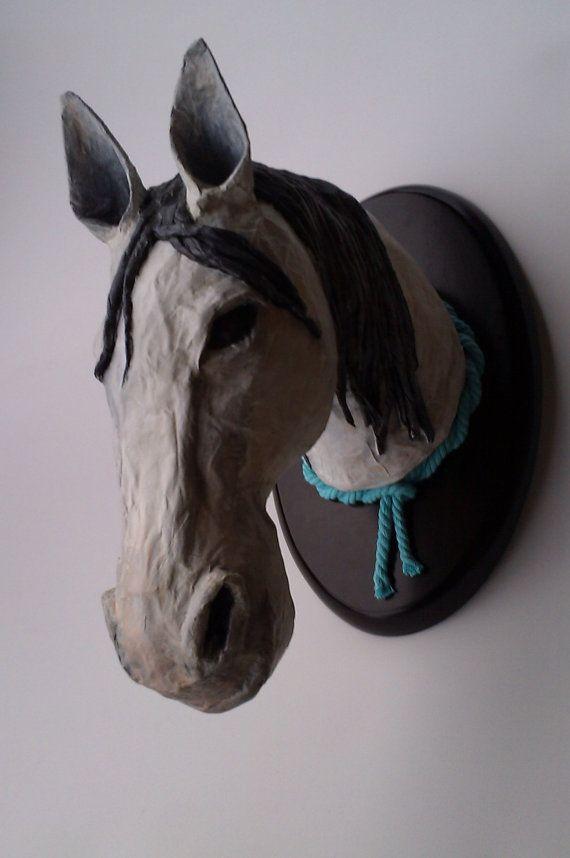 Falsa taxidermia Caballo / Horse false taxidermy by IratxeMapache, €40.00