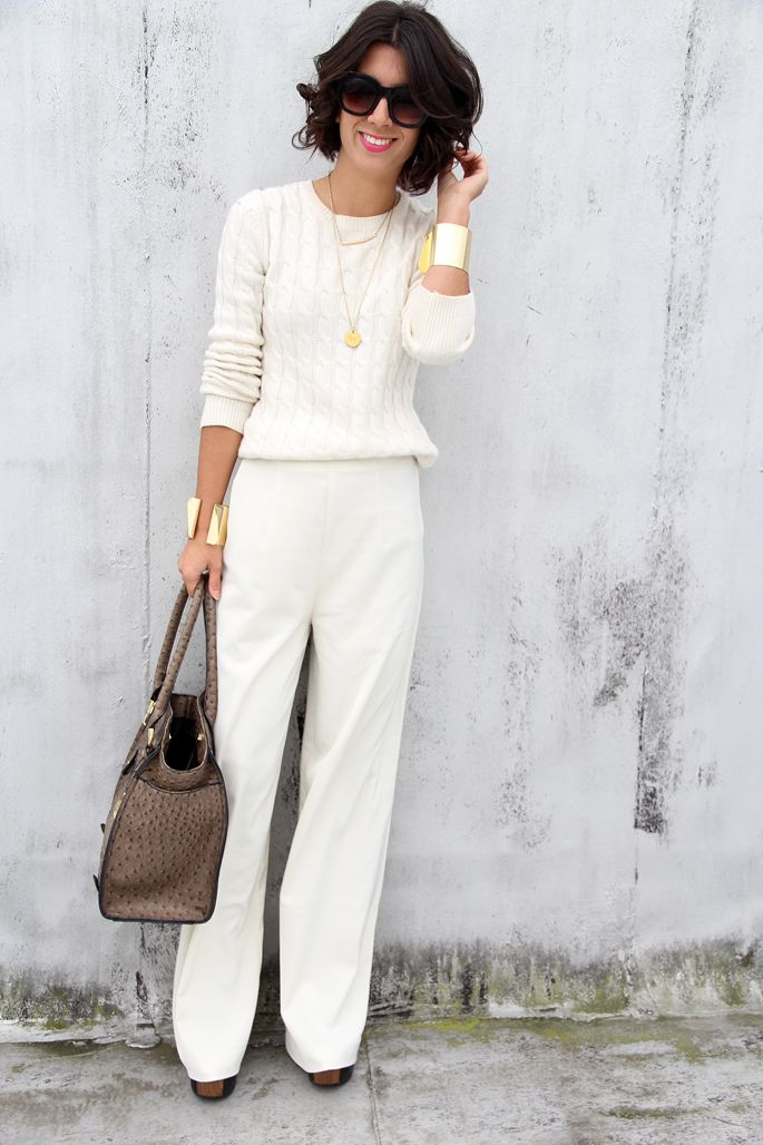 I love all white, but sadly never found a pair of white pants that fit properly.