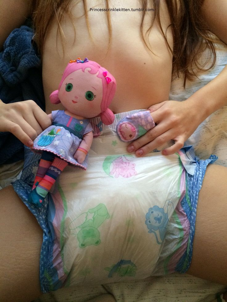 Girls wetting diapers