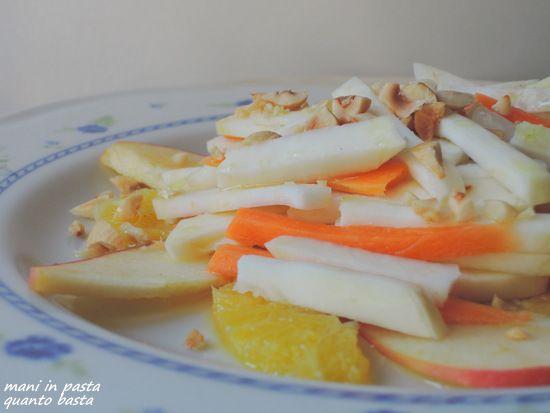 Insalata di sedano rapa, carota, mela e arancia #salad
