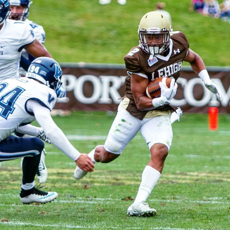 Divine started on special teams in his first College Football game as a freshman for LEHIGH as the season commenced this weekend vs #villanova.  The outcome was not what they had hoped for but they scored a whopping 35 points!! GO LEHIGH!! . . . . . . . . . . . . . #lehigh #lehighuniversity #athletics #football #commit #RIDE #recruit #game #freshman #special #teams #brown #white #villanova #finish #comeback #andycohen #championsip #goal #29 #divine #divinebuckrham